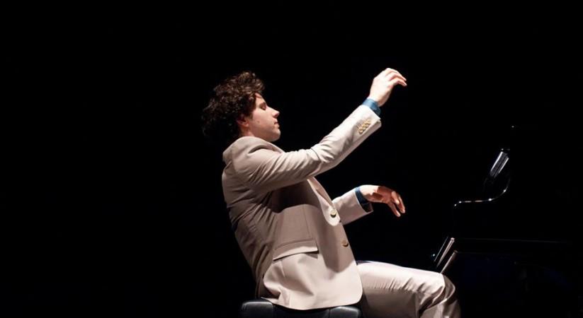 """<span class=""""entry-title-primary"""">Giardini La Mortella: agli incontri musicali prosegue l'omaggio a Chopin</span> <span class=""""entry-subtitle"""">Gli incontri musicali proseguiranno ogni week end fino al prossimo 31 ottobre con concerti dedicati alla musica da camera.</span>"""