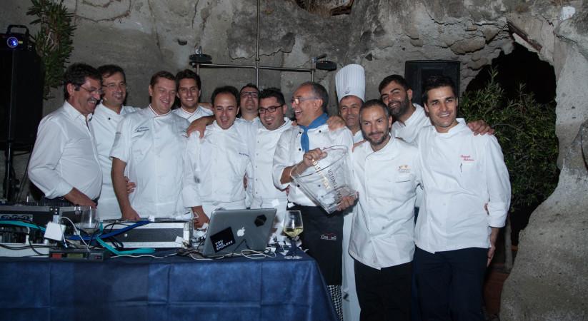 """<span class=""""entry-title-primary"""">Ischia food&wine safari, un viaggio """"stellato"""" nel gusto</span> <span class=""""entry-subtitle"""">Buona la prima per quest'evento gastronomico organizzato dall'Albergo della Regina Isabella in sinergia con lo chef Pasquale Palamaro</span>"""