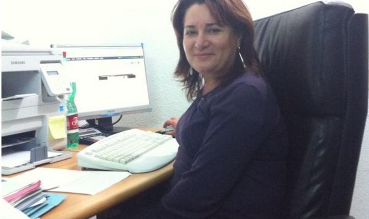 """Photo of """"Grana"""" politica a Forio, si dimette Tina Iacono"""
