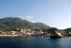 FOTO 1 - Il porto turistico di Lacco Ameno
