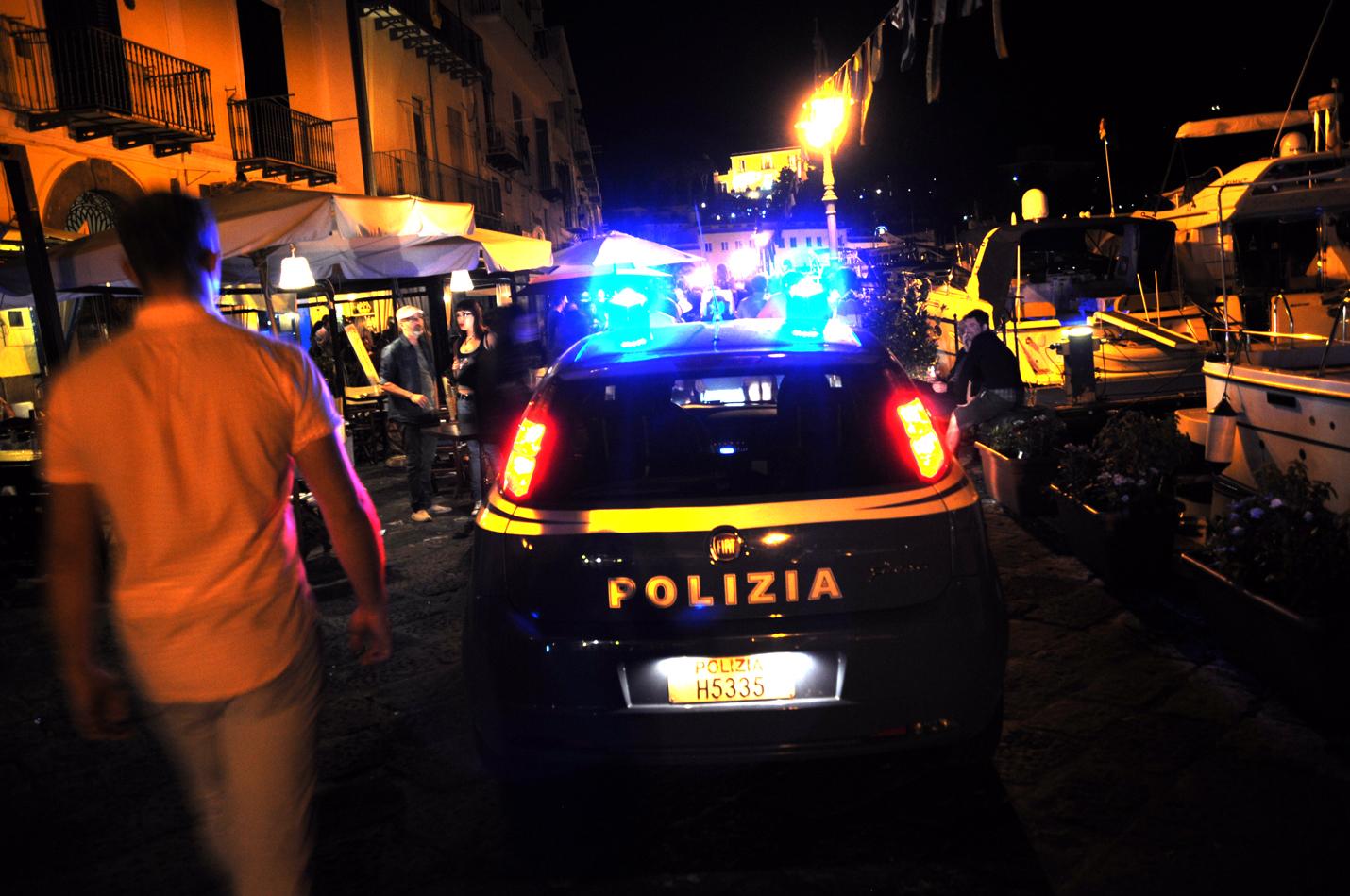 Photo of Estate sicura, notte di controlli per la polizia