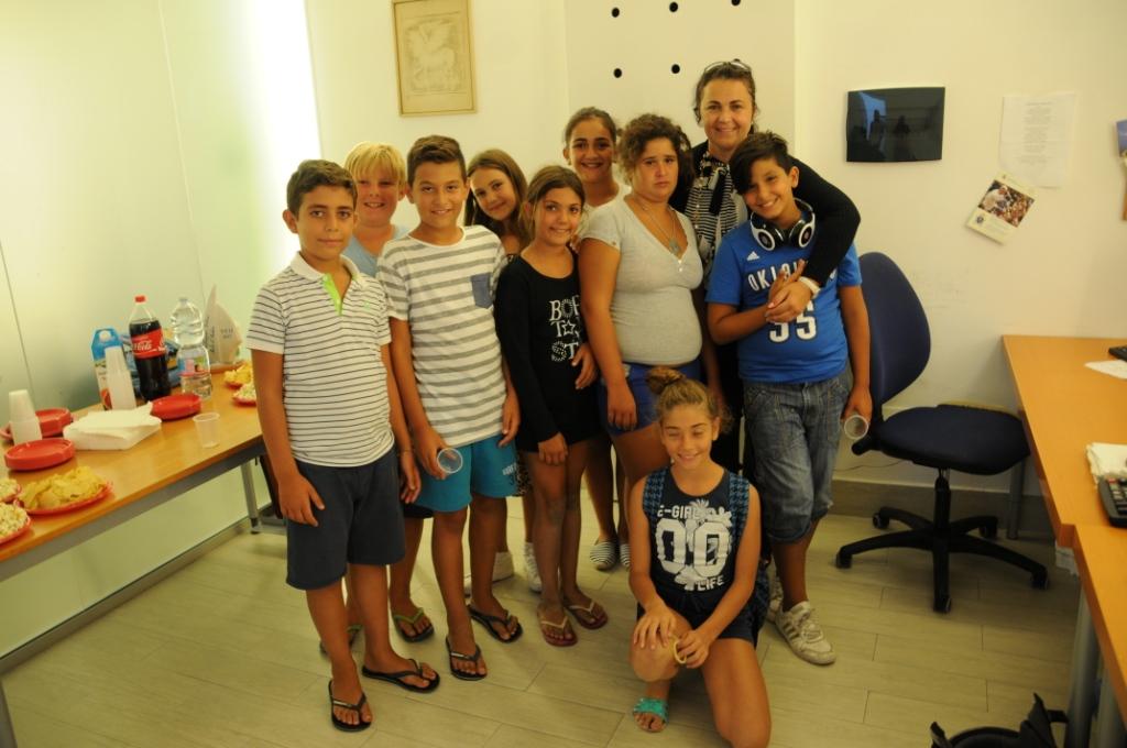 Photo of I ragazzi dell'Ischia Summer Camp in visita a Il Golfo