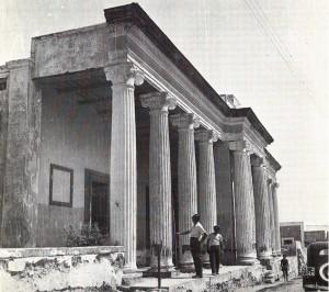 Gardella negli anni '50 alle Terme della Regina Isabella (foto secondaria) ColonneTerme