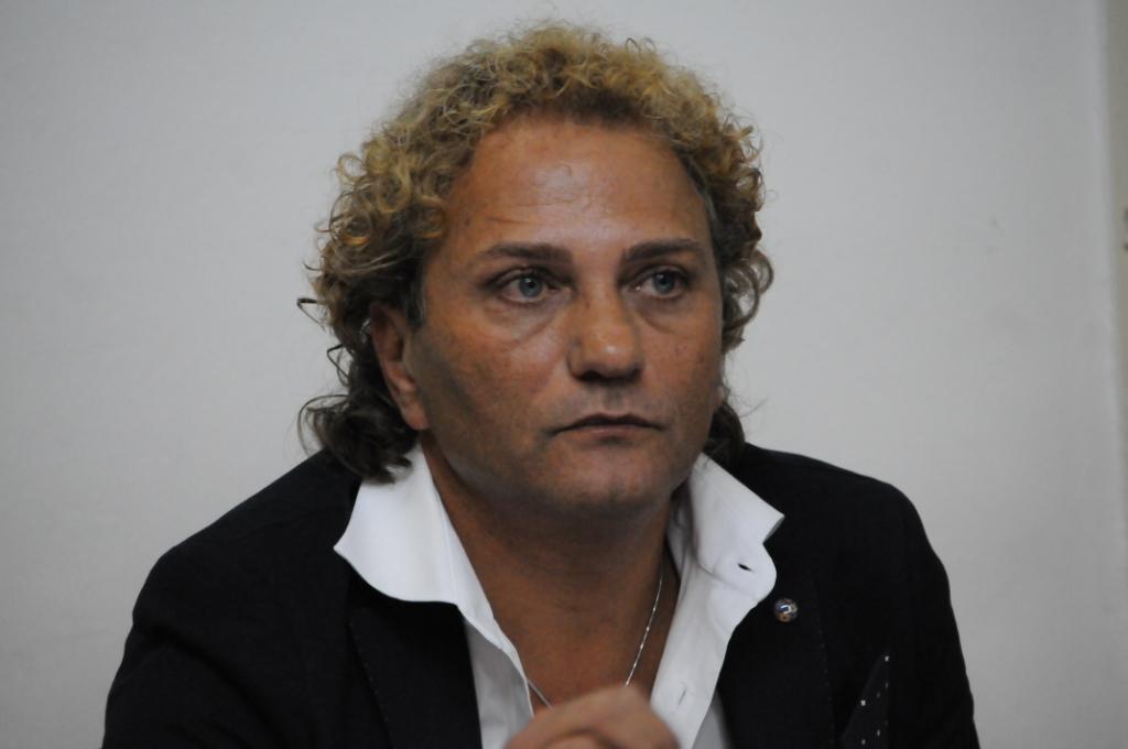 Photo of Super Eco, Nicolella all'attacco: «Chiudeteli in un manicomio giudiziario»