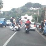 Lacco, perde controllo scooter: giovane centauro in ospedale