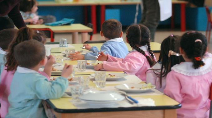 Photo of Barano, lunedì riparte il servizio mensa alla scuola dell'infanzia