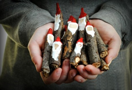 Natale: Ecco Il Concorso Della Borsa Verde Sul Riciclo Creativo Decorazioni  Natalizie Per La Casa Con Materiale Riciclato, è Questa La Sfida Della  Borsa ...