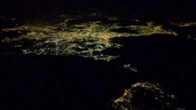Photo of Che incanto Ischia: ecco la foto by night dal volo Ryanar