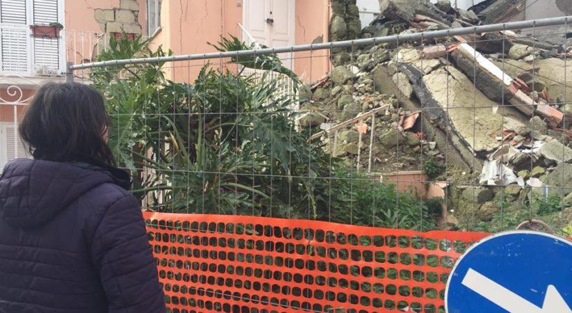 """<span class=""""entry-title-primary"""">Josi Della Ragione: «Ischia, sarò anche il tuo megafono»</span> <span class=""""entry-subtitle"""">Il candidato alla Camera ha visitato i luoghi colpiti dal sisma di agosto</span>"""