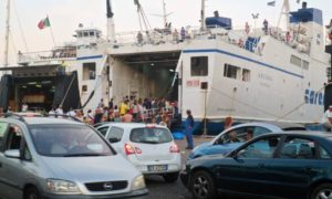 Ischia, oltre 100.000 arrivi dal 10 al 19 agosto: calo del 10% rispetto al 2017