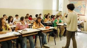 Ischia, allarme istruzione: in tanti sull'isola senza diploma superiore