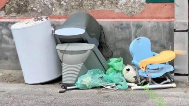 """Photo of Rifiuti al Porto, i Verdi: «Ecco il """"benvenuto"""" dell'isola ai turisti»"""