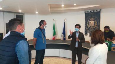 Photo of Barano, due defibrillatori consegnati al Consorzio Maronti