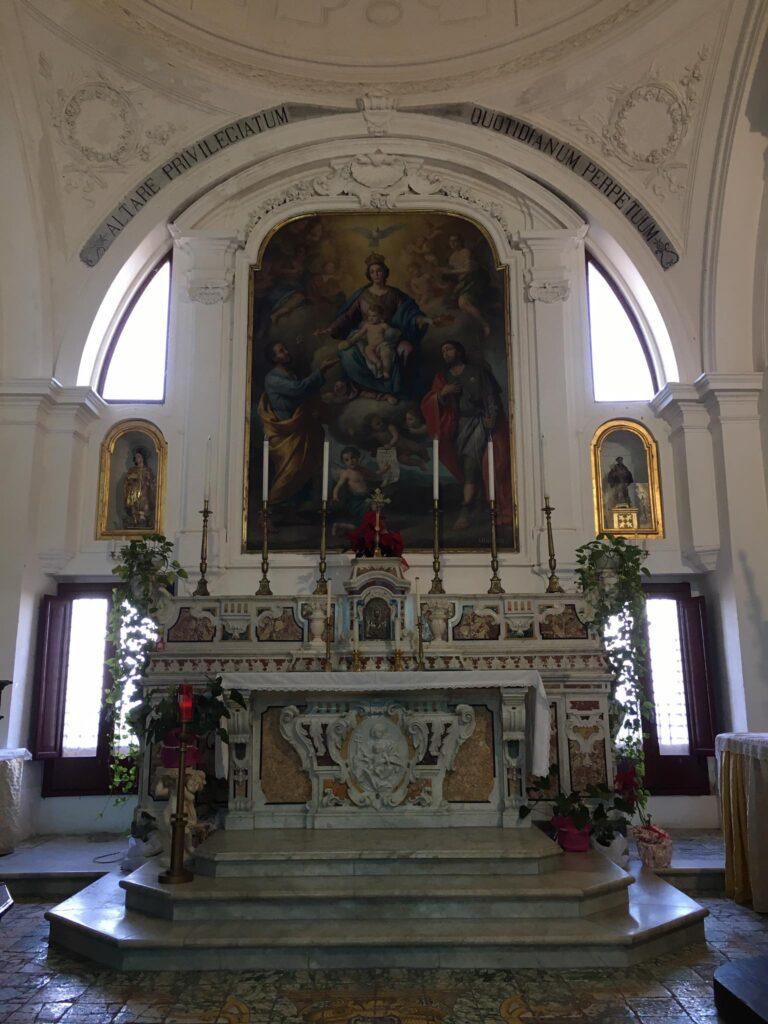 Madonna delle Grazie e altare