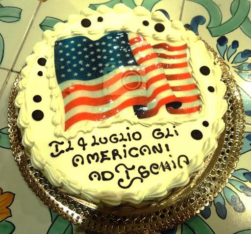 LA FESTA AMERICANA DEL 4 LUGLIO E LA TORTA DI EMIDDIO CALISE