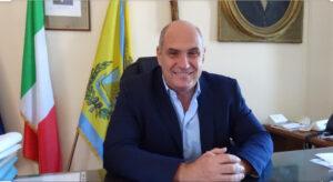 Il sindaco d'Ischia, Enzo Ferrandino